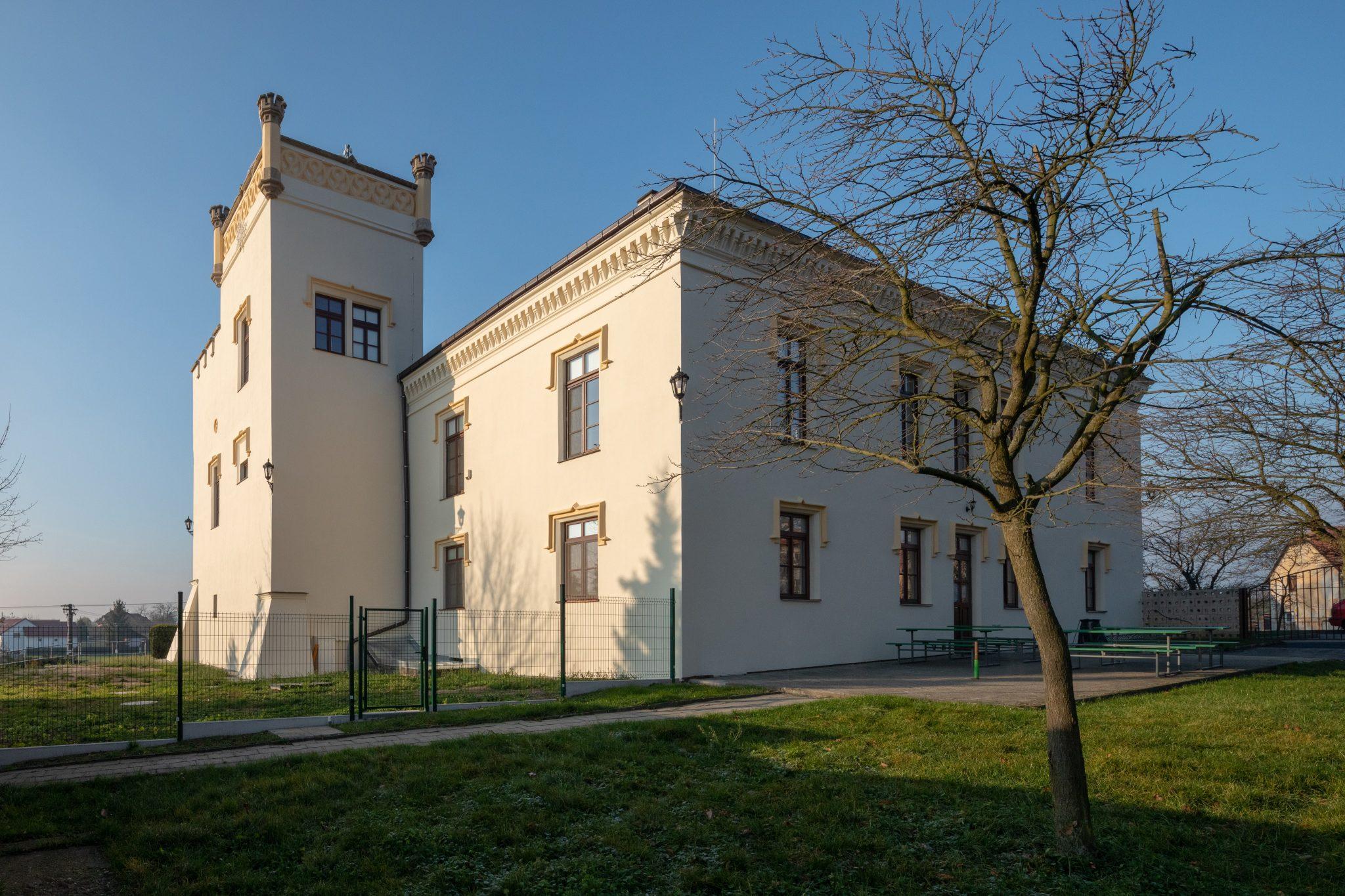 Rekonstrukce fasády zámku v Žeranovicích
