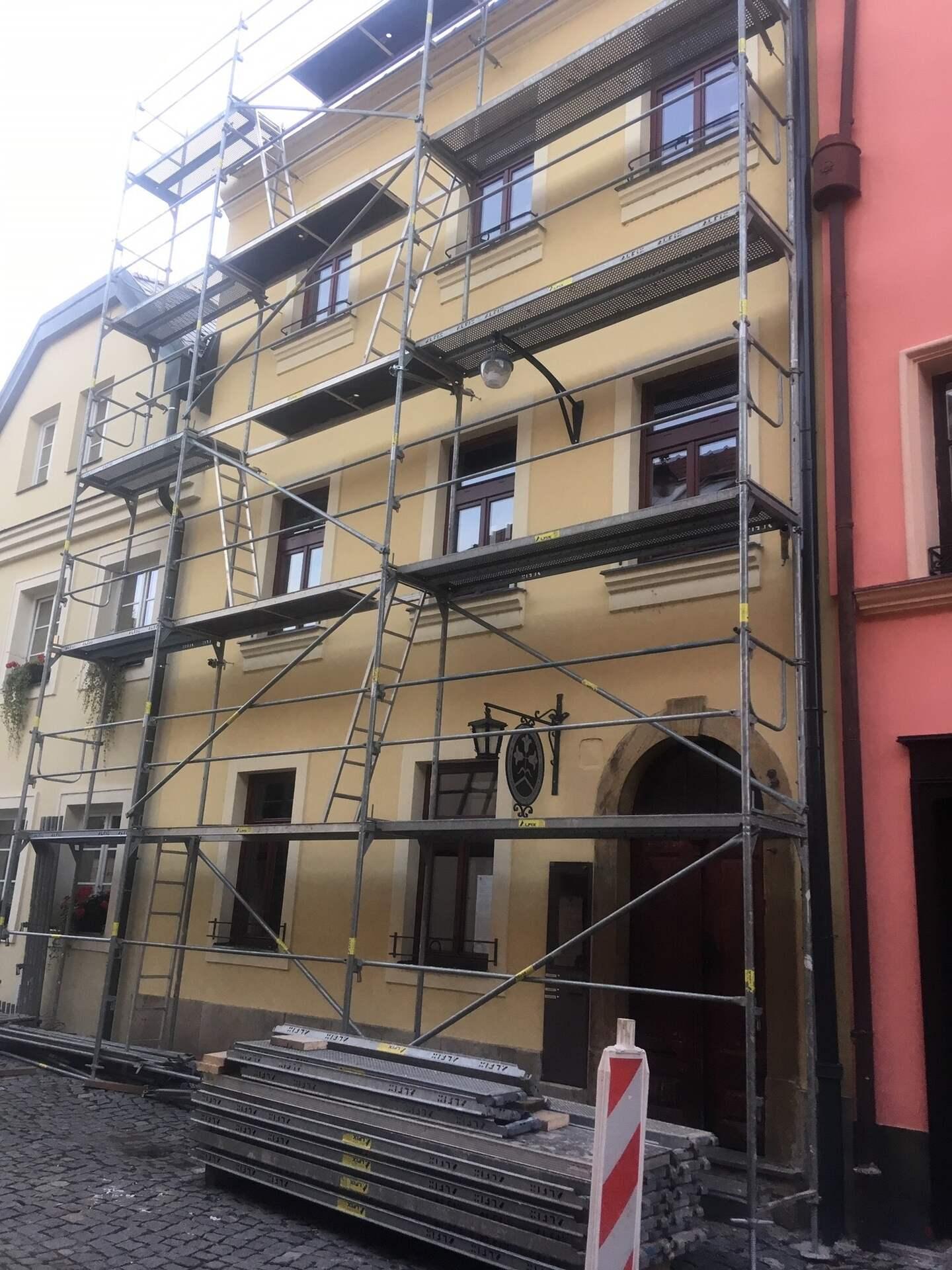 Rekonstrukce měšťanského domu v památkové zóně v Olomouci